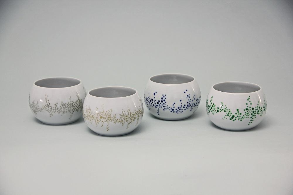 白磁銀彩小鉢(¥10,800)/白磁金彩小鉢(¥12,960)/小鉢青・緑(¥8,640) サイズ:Φ9、H:6(㎝)
