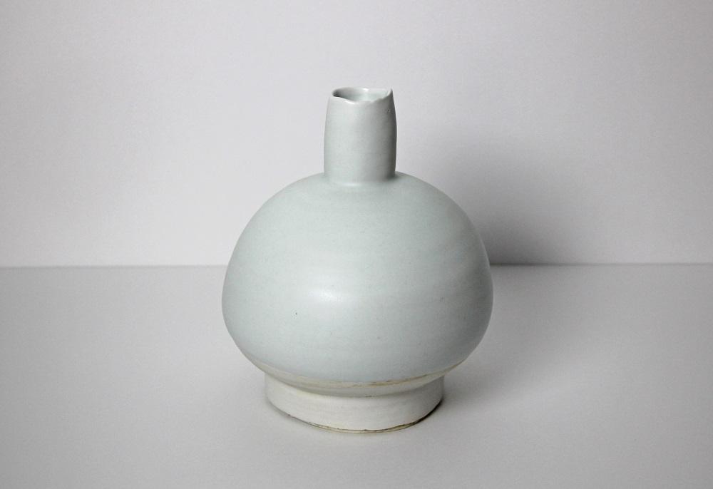 「白磁壷」 ¥270,000